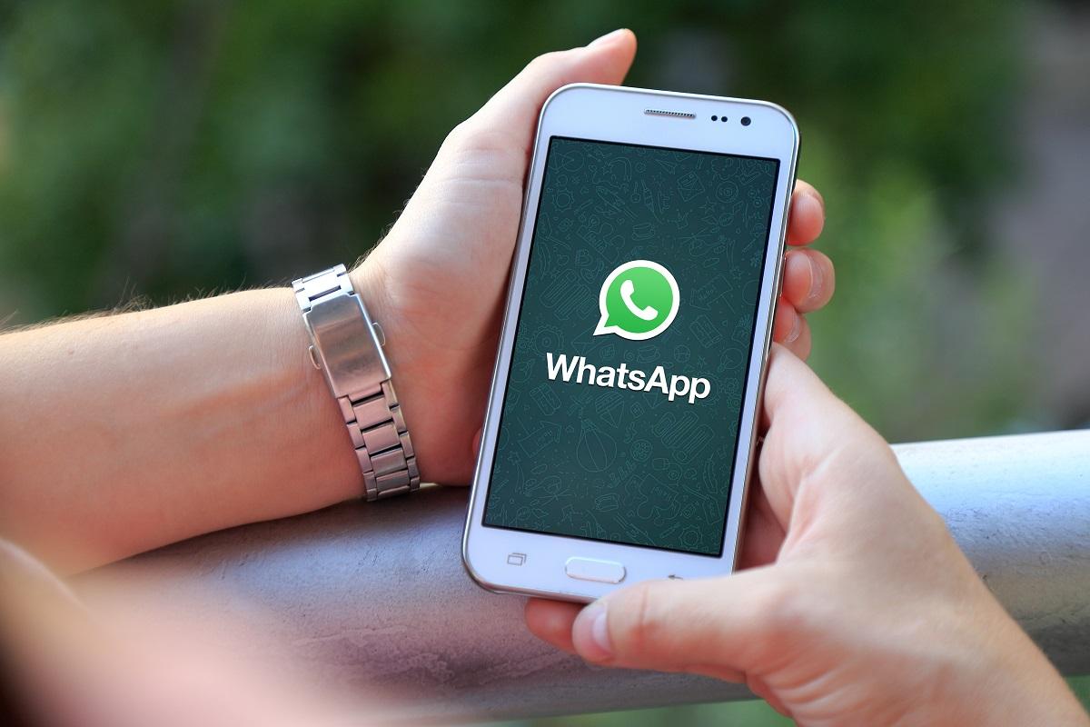 whatsapp it school